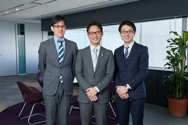 三機工業株式会社の小吉省吾さんと株式会社ソフィアの古川貴啓と三上晃潤